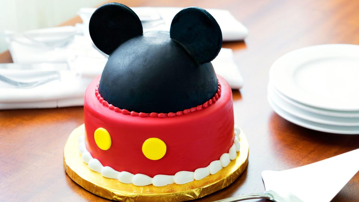 Five Magical Ways to Celebrate Birthdays at the Disneyland Resort 1