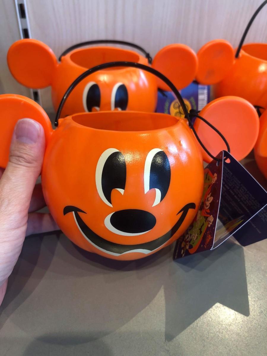 New Halloween Merchandise is Here! #disneysprings 3