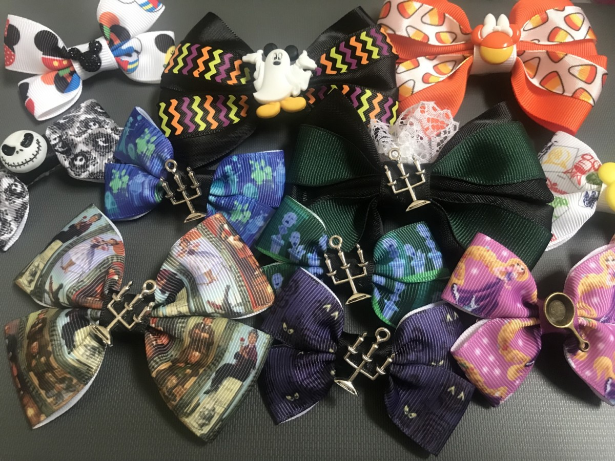Show your Disney Side With Fun Disney Bows 12