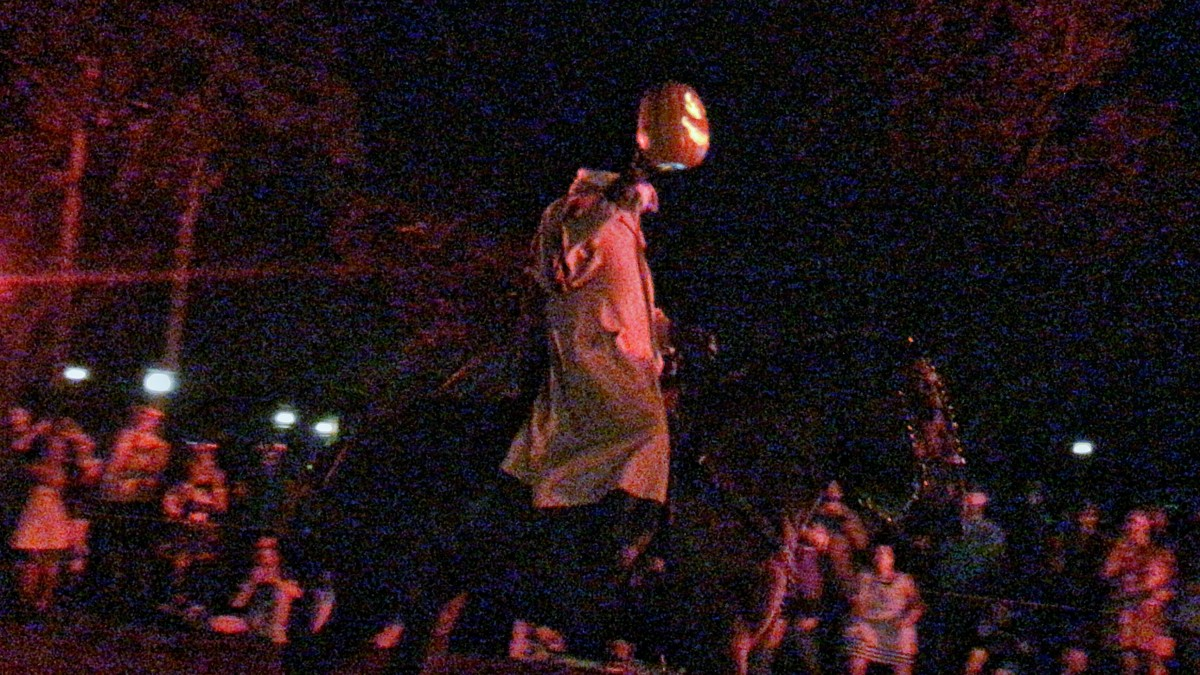 The Headless Horseman Rides Again..... #notsoscary 13