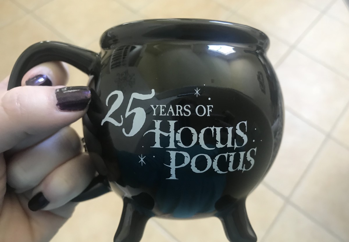 Celebrate 25 Years of Hocus Pocus With NEW Merchandise! #notsoscary 8