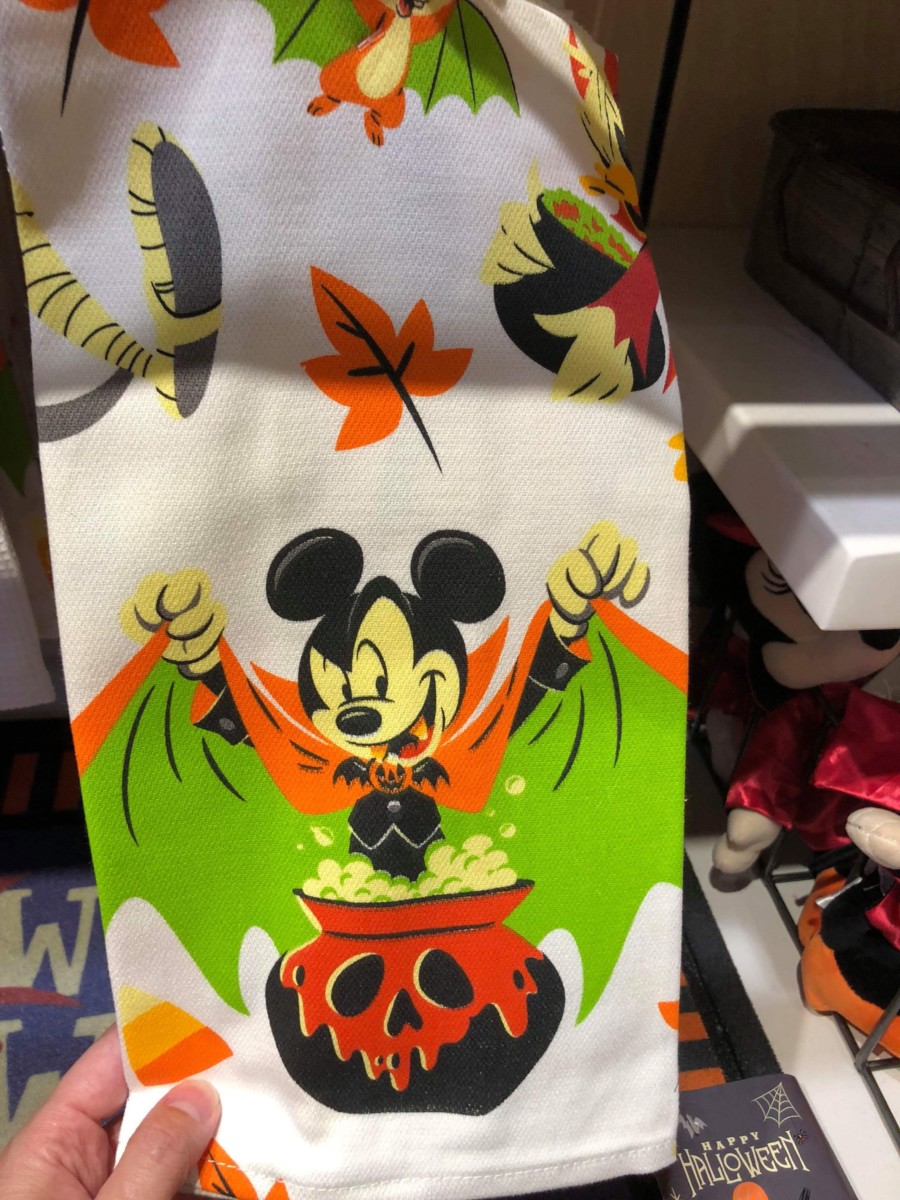 New Halloween Merchandise for the Home! #disneysprings 5