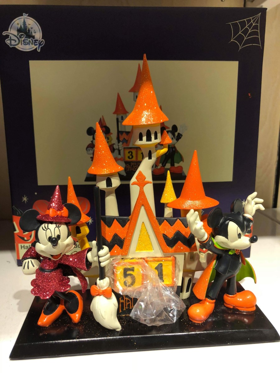 New Halloween Merchandise for the Home! #disneysprings 16