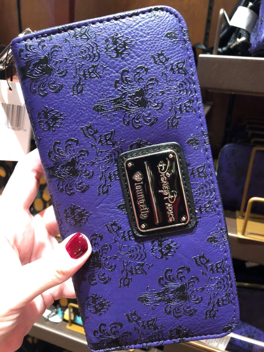 Merchandise Monday! Disney Loungefly Backpacks & Wallets 8