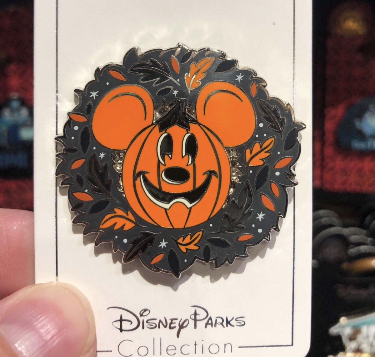 New Halloween Pins at Disney Parks 1