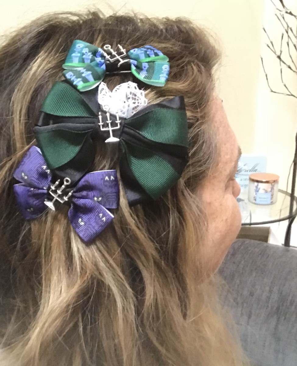 Show your Disney Side With Fun Disney Bows 3