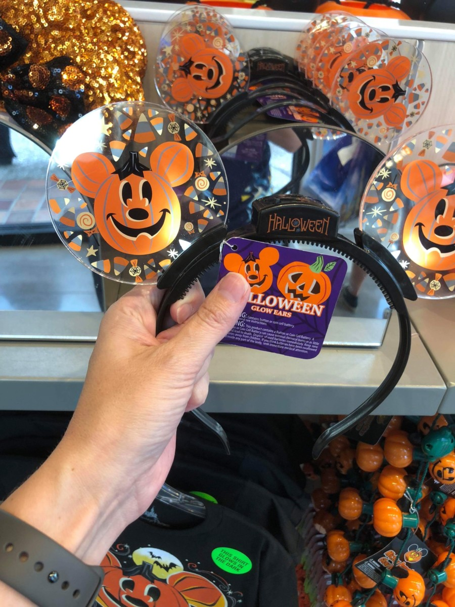 New Halloween Merchandise is Here! #disneysprings 2