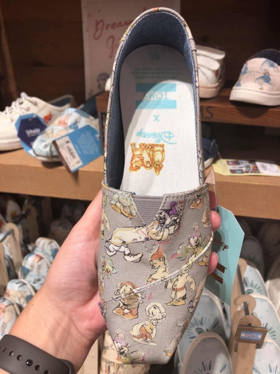 New Snow White TOMS! #disneystyle