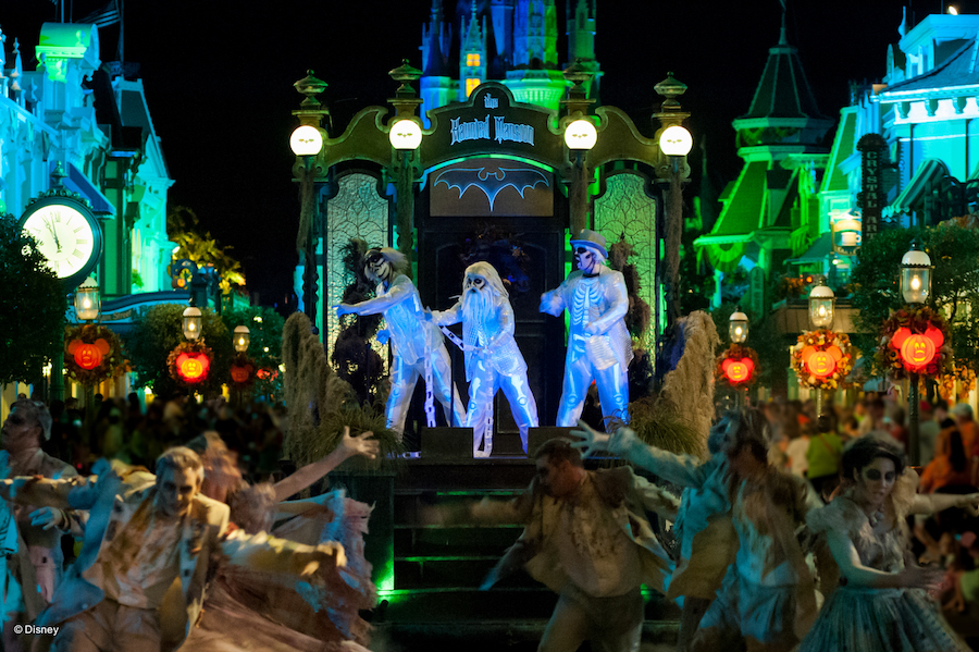 #DisneyParksLIVE: Watch 'Mickey's Boo-To-You Halloween Parade' Live Sunday, Sept. 9 5