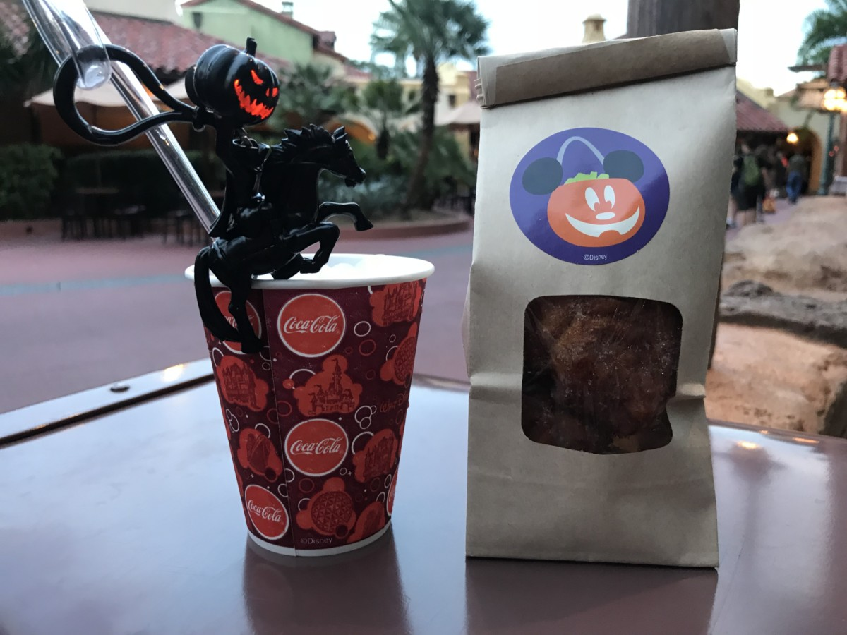 Headless Horseman Straws and Cinnamon Donuts! #notsoscary 18