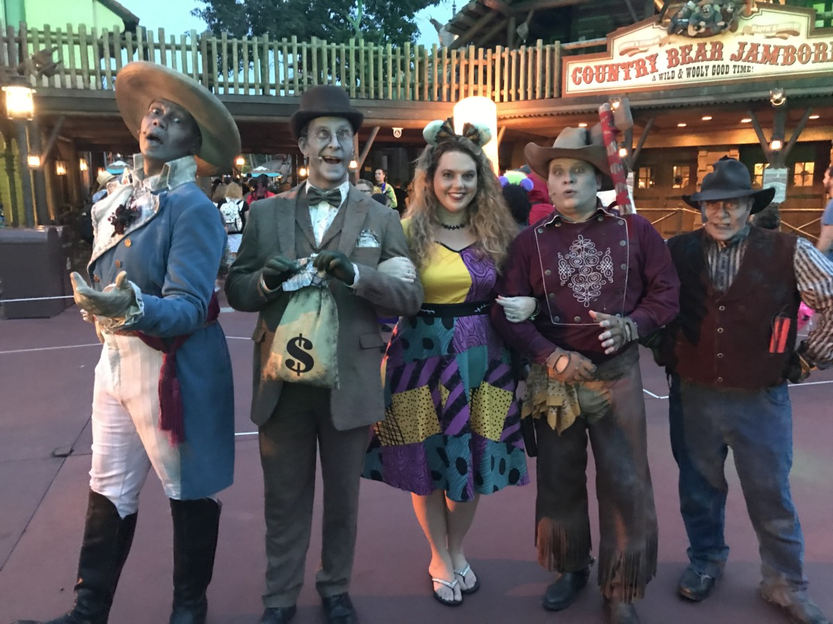 TMSM's Adventures in Florida Living ~ Halloween Time Plus Food and Wine! 5