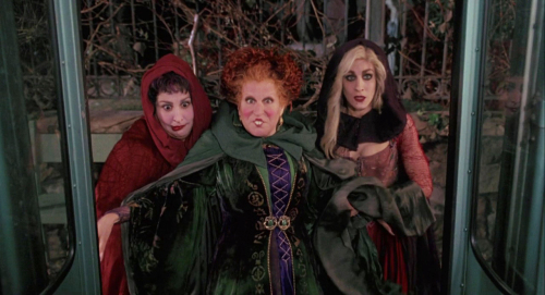 Hocus Pocus Tour ~ See the Real Life Places Featured in the Movie! 16