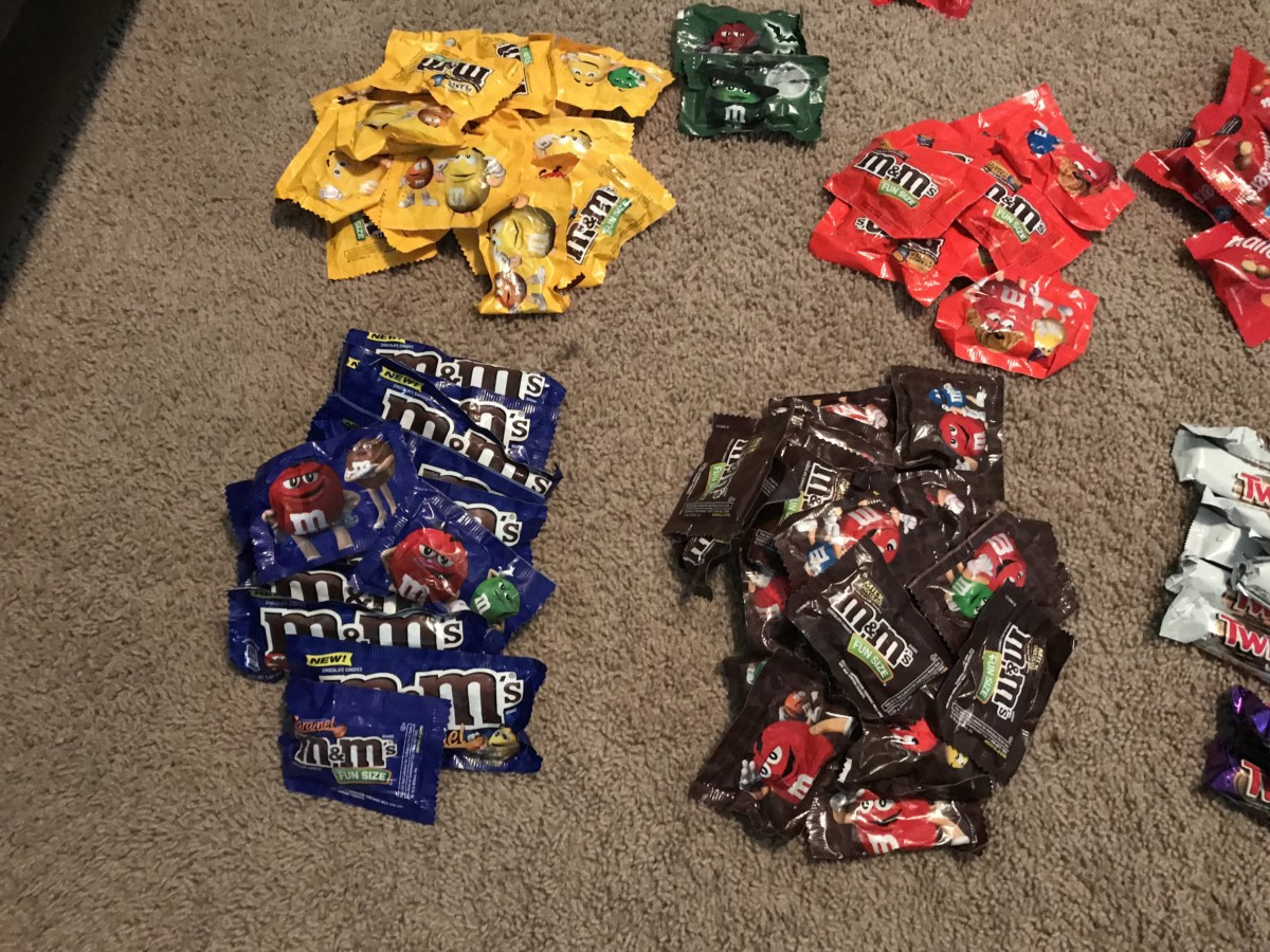 Mickey's Not So Scary Halloween Party Candy Haul 8