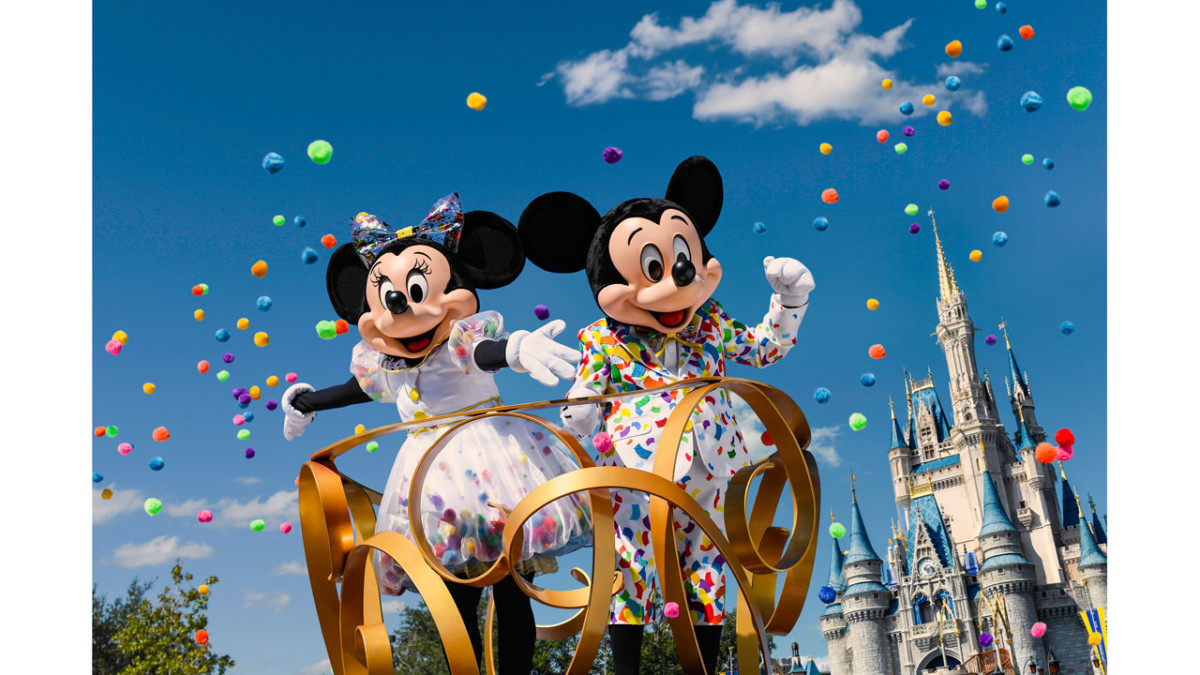 First Look: Mickey & Minnie's Fun New Celebration Outfits 19