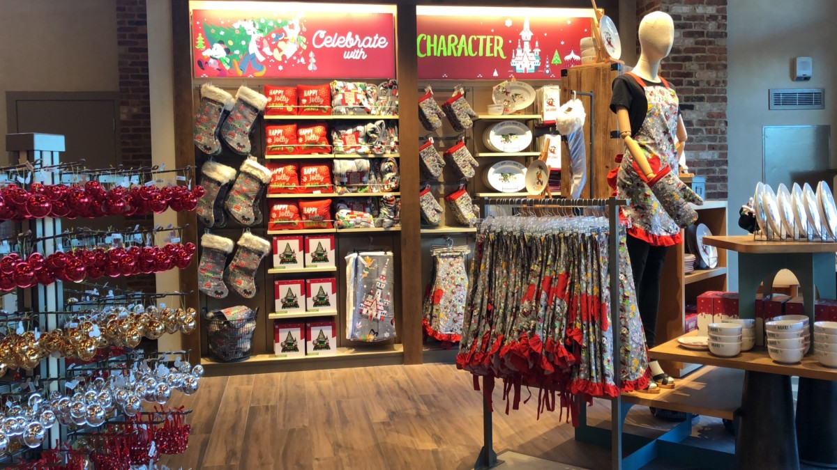 Fantastic Merchandise at the Newly Re-modeled World of Disney Store, #DisneySprings 6