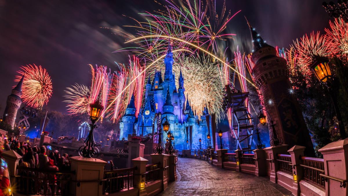 Everything You Need to Know About Mickey's Very Merry Christmas Party at Magic Kingdom Park 5