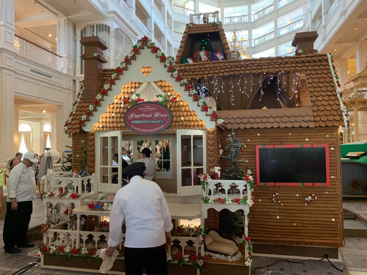 The Gingerbread House is Being Assembled at Disney's Grand Floridian! 7