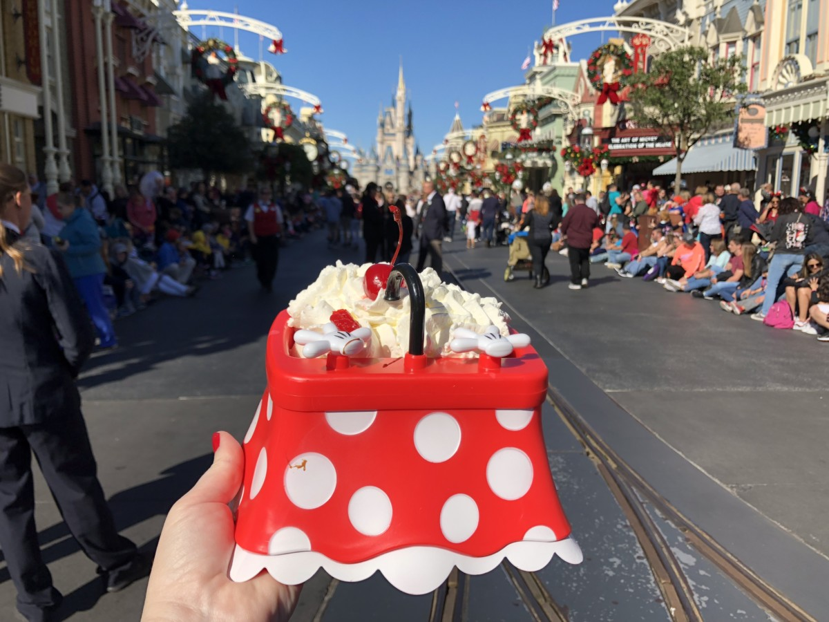 Get the Minnie Kitchen Sink Sundae this Weekend at Magic Kingdom 1