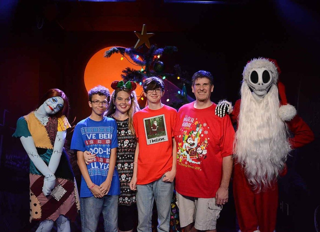 New Meet and Greet Location for Sandy Claws and Sally #VeryMerry 1