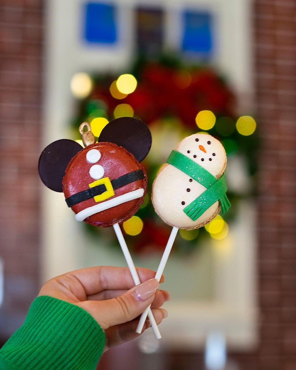 Festively Fun Treats at Amorette's Patisserie, #DisneySprings 4