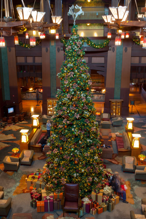Seven Sparkling Reasons to Stay at the Hotels of the Disneyland Resort This Holiday Season 6