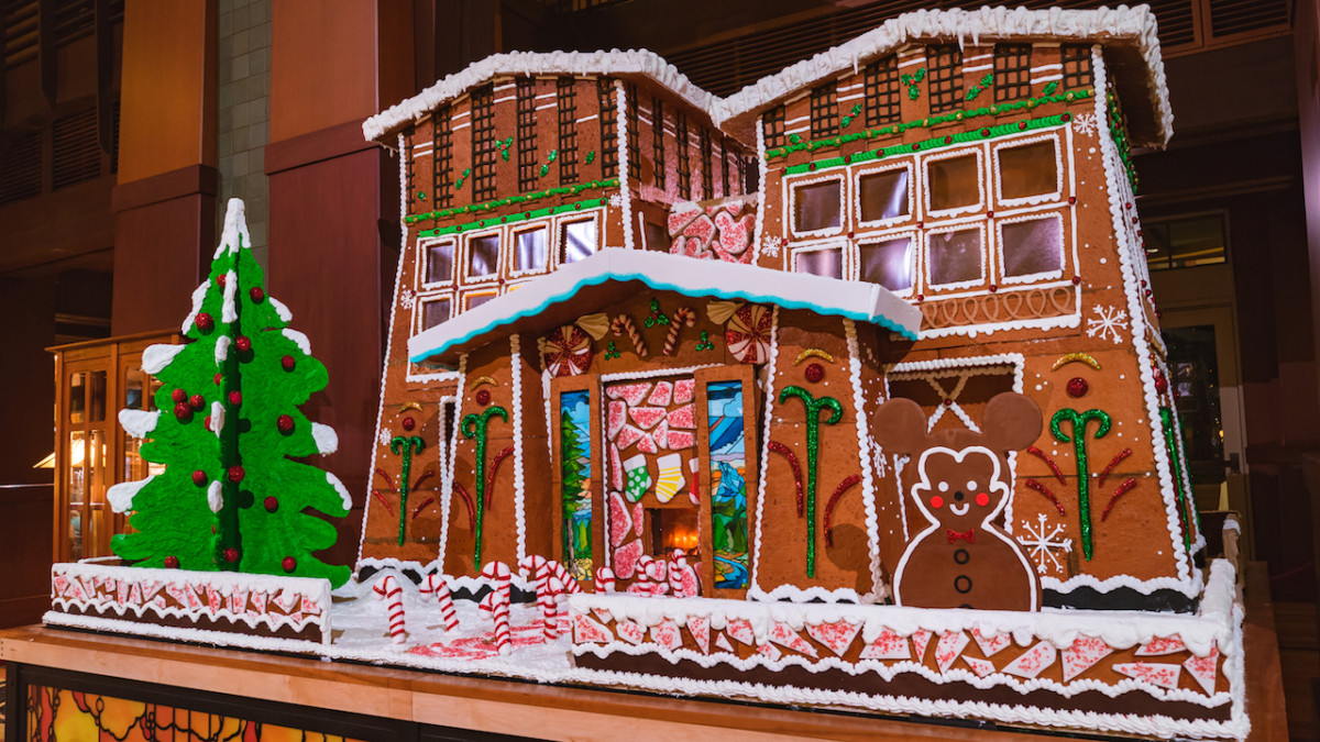 2018 Holiday Gingerbread Display at Disney's Grand Californian Hotel & Spa