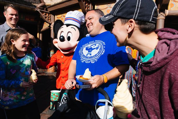 Walt Disney World Resort Celebrates 1 Million Mobile Orders in My Disney Experience App 1