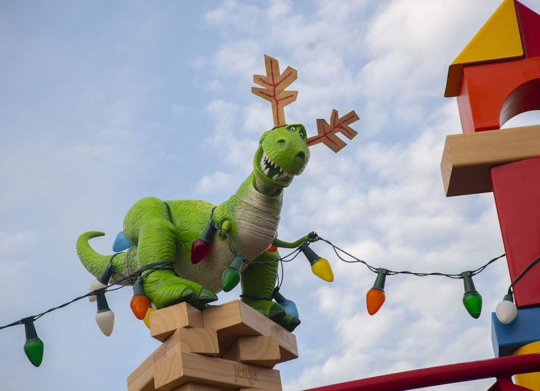 First Look: Toy Story Land Decorated For The Holidays 1