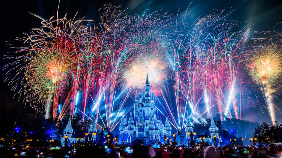 New Year's Eve Offerings for Magic Kingdom, December 30 & 31 (schedule) 1