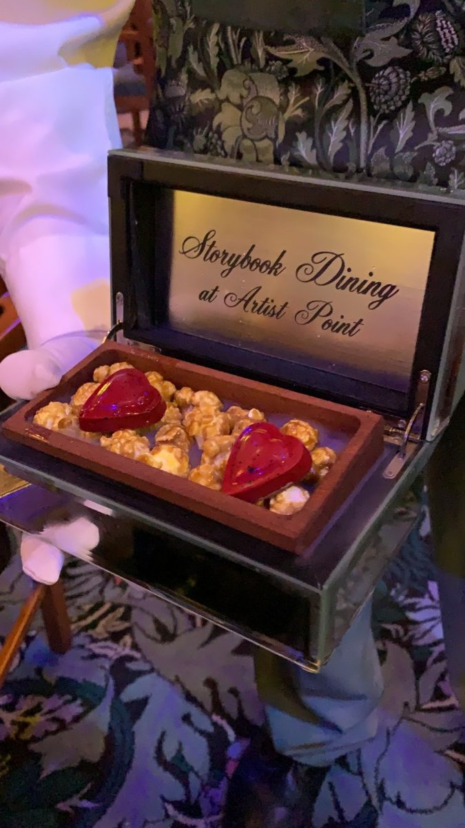 Storybook Dining At Artist Point With Snow White - Review 18