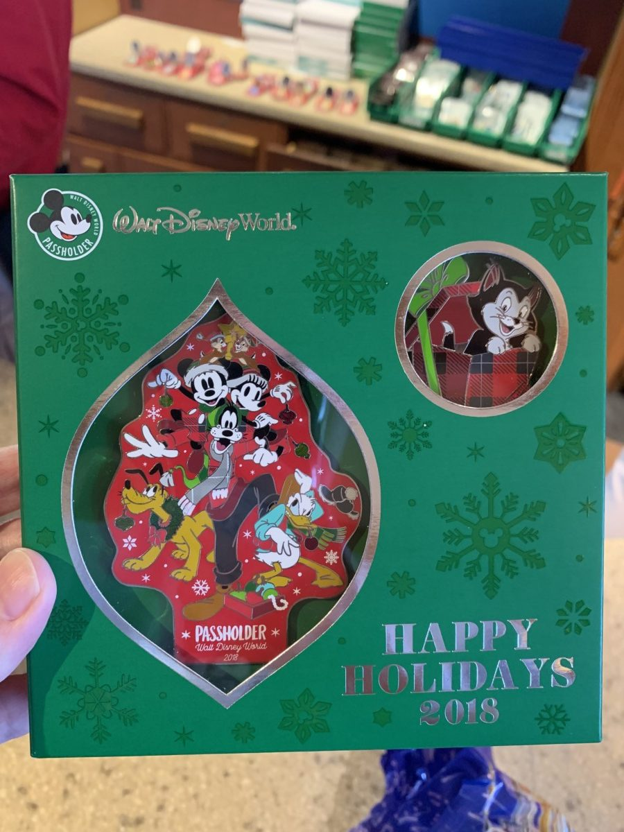 Beautiful Holiday pins for 2018 2