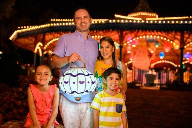 Take a Shine to Glowing Disney PhotoPass Props at Walt Disney World Resort 7
