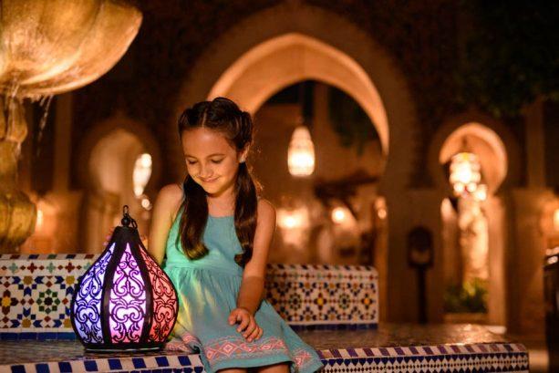 Take a Shine to Glowing Disney PhotoPass Props at Walt Disney World Resort 6