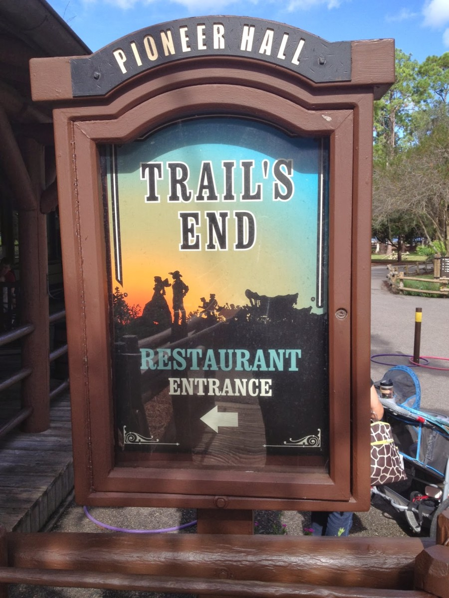 Dining at Trails End 62