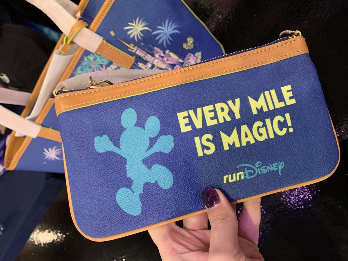 WDW Marathon merchandise is here! 6