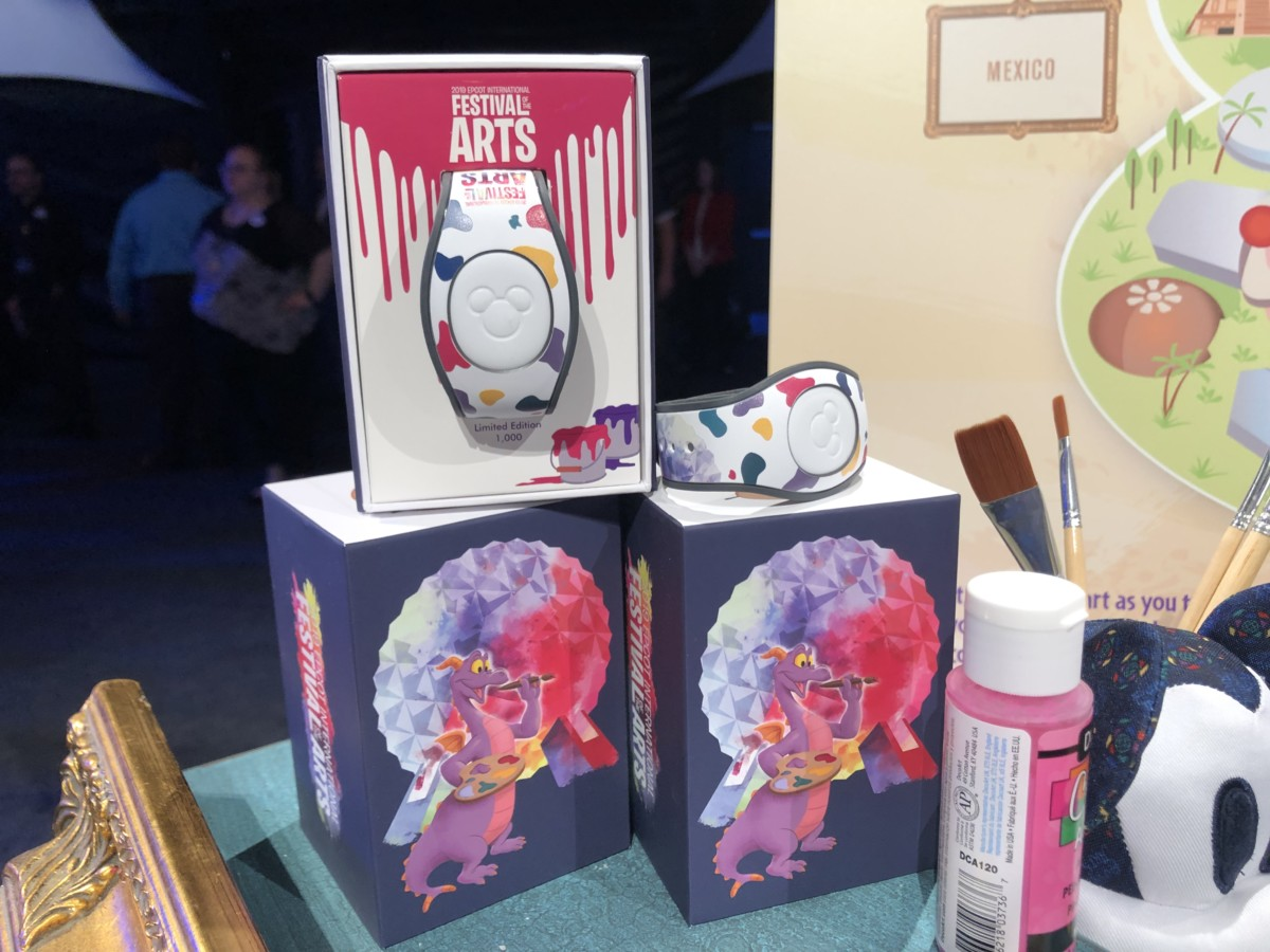 Merchandise for the 2019 Epcot International Festival of the Arts! #artfulepcot 5