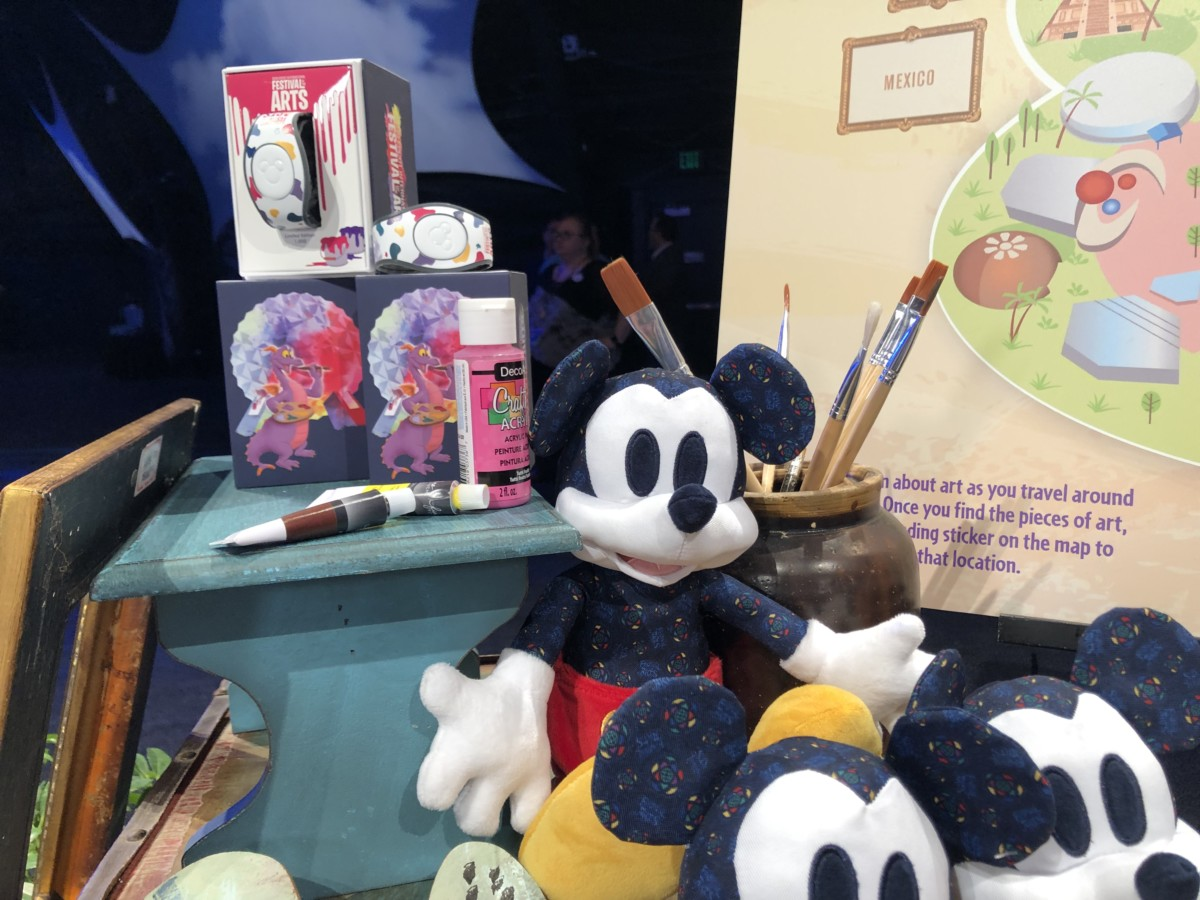 Merchandise for the 2019 Epcot International Festival of the Arts! #artfulepcot 9
