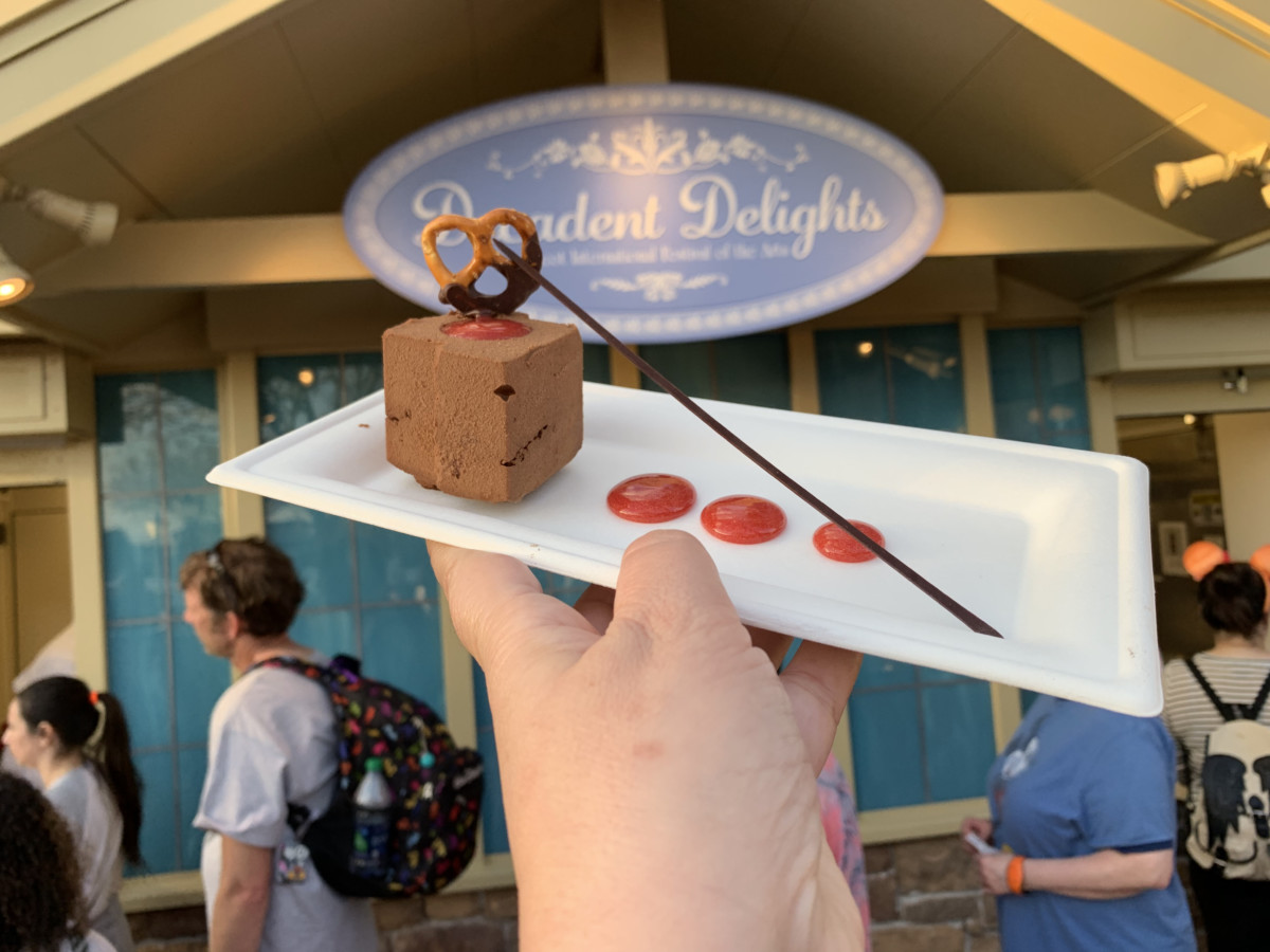 Tasting Around the World: Epcot International Festival of the Arts Food #ArtfulEpcot 5