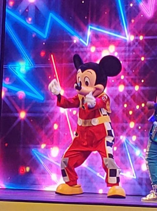 Mickey Dancing