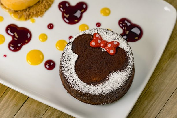 Share 'Lovely' Moments during Valentine's Month at the Disneyland Resort 7