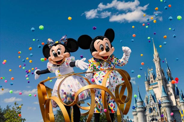 'Inside Disney Parks' 2019 – Behind the Scenes at 'Move It! Shake It! MousekeDance It! Street Party,' The Epcot International Festival of the Arts, The Tropical Hideaway at Disneyland Resort and More 4