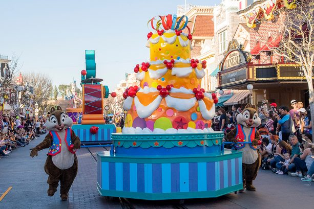 'Mickey's Soundsational Parade' Returns for Get Your Ears On – A Mickey and Minnie Celebration at Disneyland Resort 1