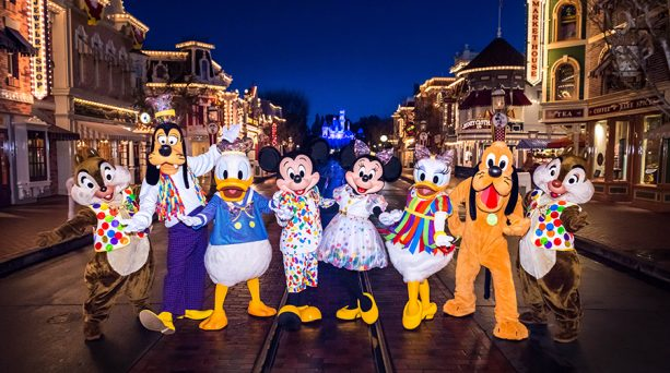 Mickey Mouse and pals in new, fashionable outfits