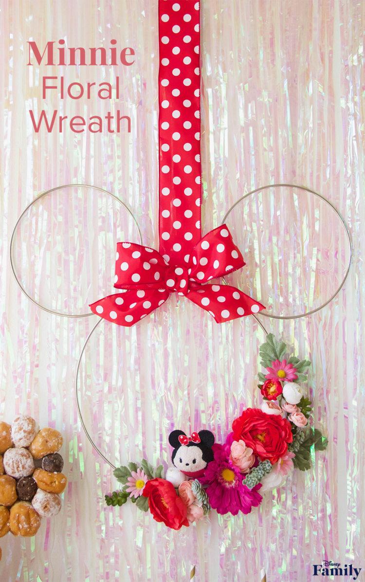 DIY Minnie Floral Wreath 2