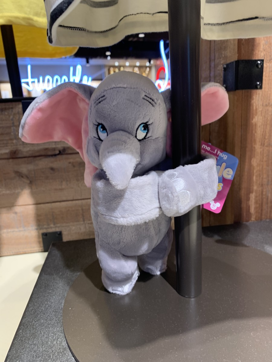 Dumbo Merchandise is Soaring In and the Nostalgia is Real #disneystyle 14