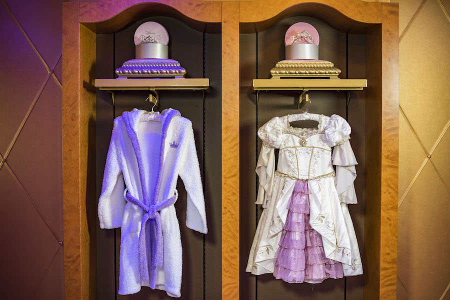 New Signature Rapunzel Makeover Debuts at Bibbidi Bobbidi Boutique Aboard Disney Ships 5