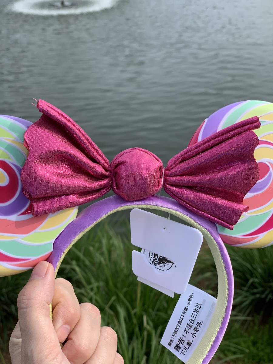 Lollipop Lollipop, oh lolli lolli lolli... These new ears are sweeter than candy on a stick 3
