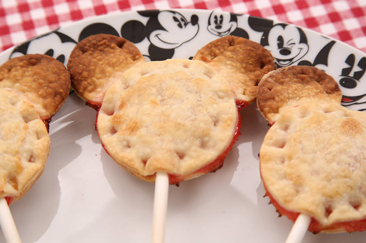 Mickey Pie Pops 1