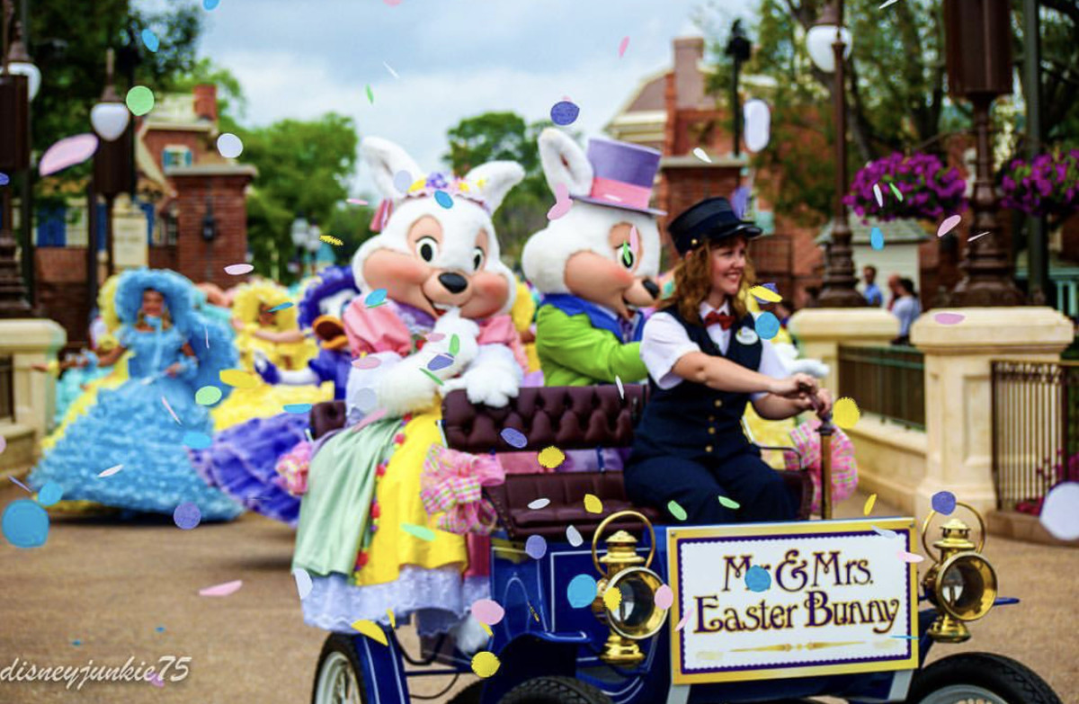 Mr. and Mrs. Easter Bunny appear at Magic Kingdom just in time for Easter 4