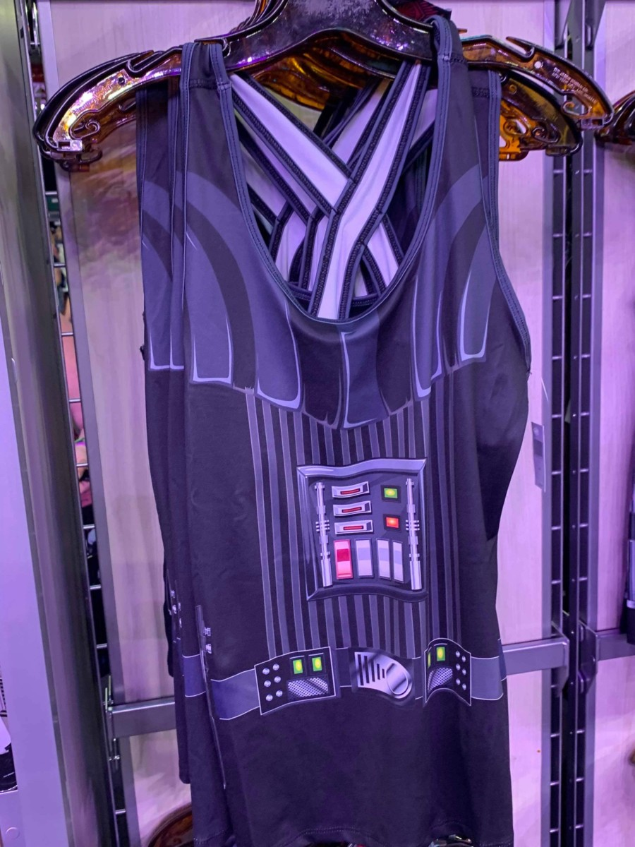 Merchandise from the 2019 Star Wars Rival Run Weekend 11